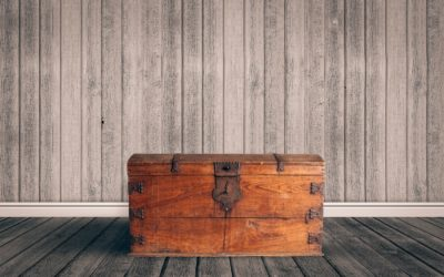 Wooden Chest Design Ideas Using Reclaimed Wood